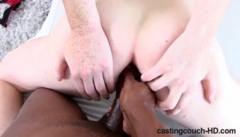 Soft pussy stimulation for insolent girl Miu Watanabe