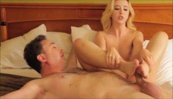Dana DeArmond & Bill Bailey in House Wife 1 on 1