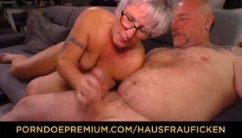 Sweetheart captivates man with moist fellatio